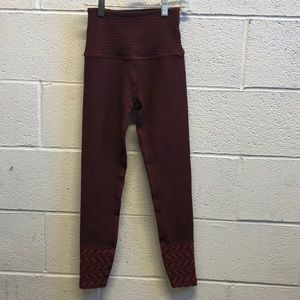 Beyond Yoga rust and black legging, sz xs, 62206